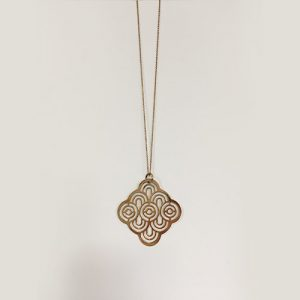 Rose gold-plated pendant in celtic design, hanging on a snake chain