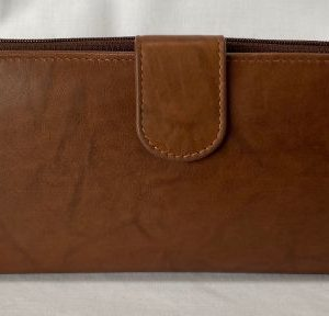 brown leather wallet outer with dome fold-over clasp