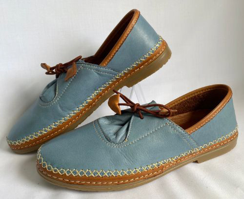 Cabello genuine leather casual shoe in denim colour