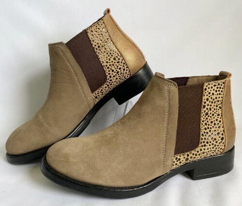 Bueno leather and suede pull on boots