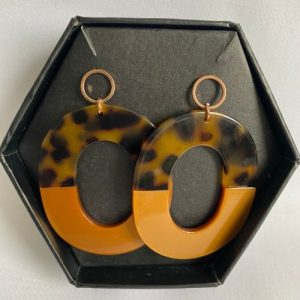 madella designs acrylic tortoiseshell drop earrings