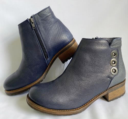Bueno navy leather ankle boots with stud detail and wooden-look heel
