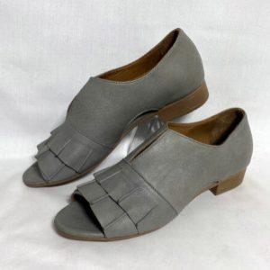 78a bueno grey open toe dress shoe